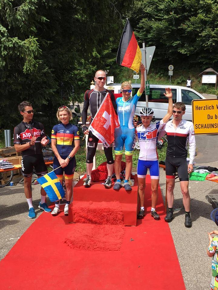 Eva hat den zweiten Platz bei den Frauen und Emanuel den dritten bei den Herren geholt!